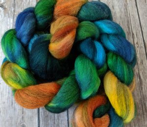 Black River Sunset -mixed merino 4.2 oz braid