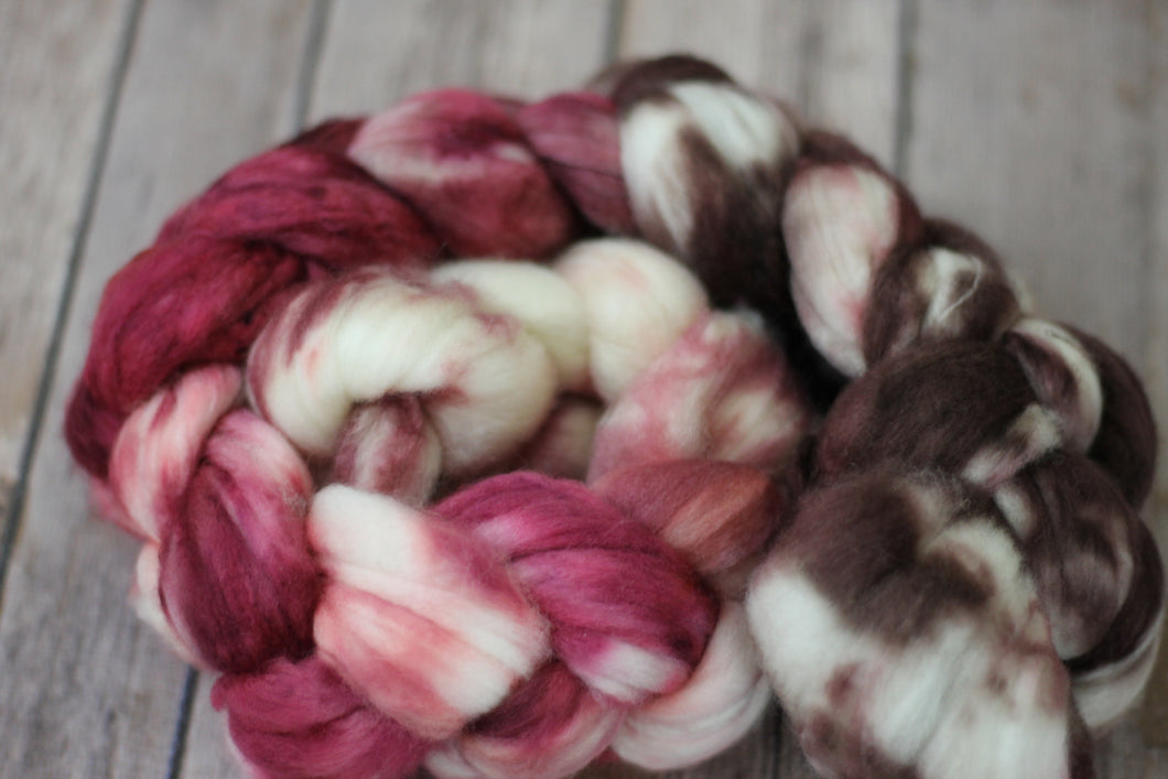 Dogwood - superwash merino sock fiber