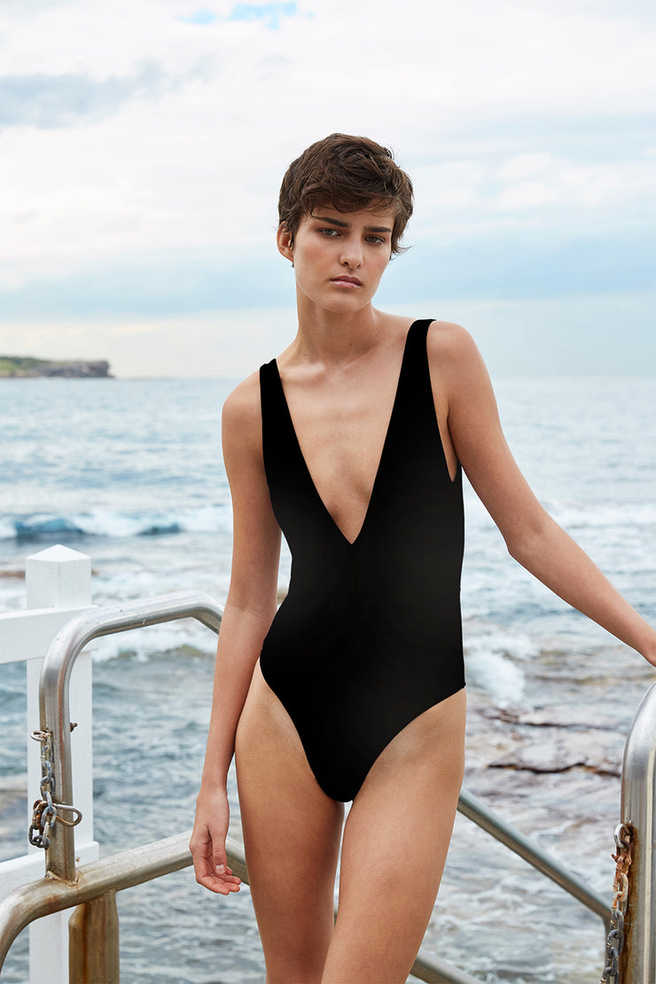 The Plunge One Piece | Final Sale - Black