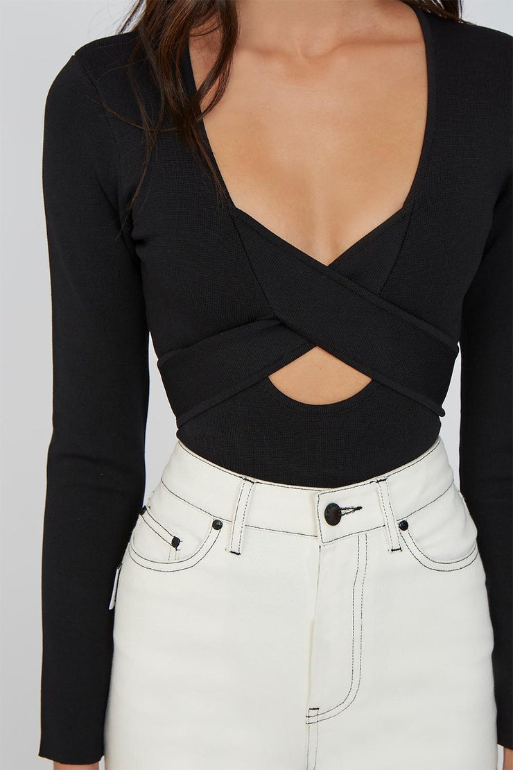 The Darby Cross Body Top - Black