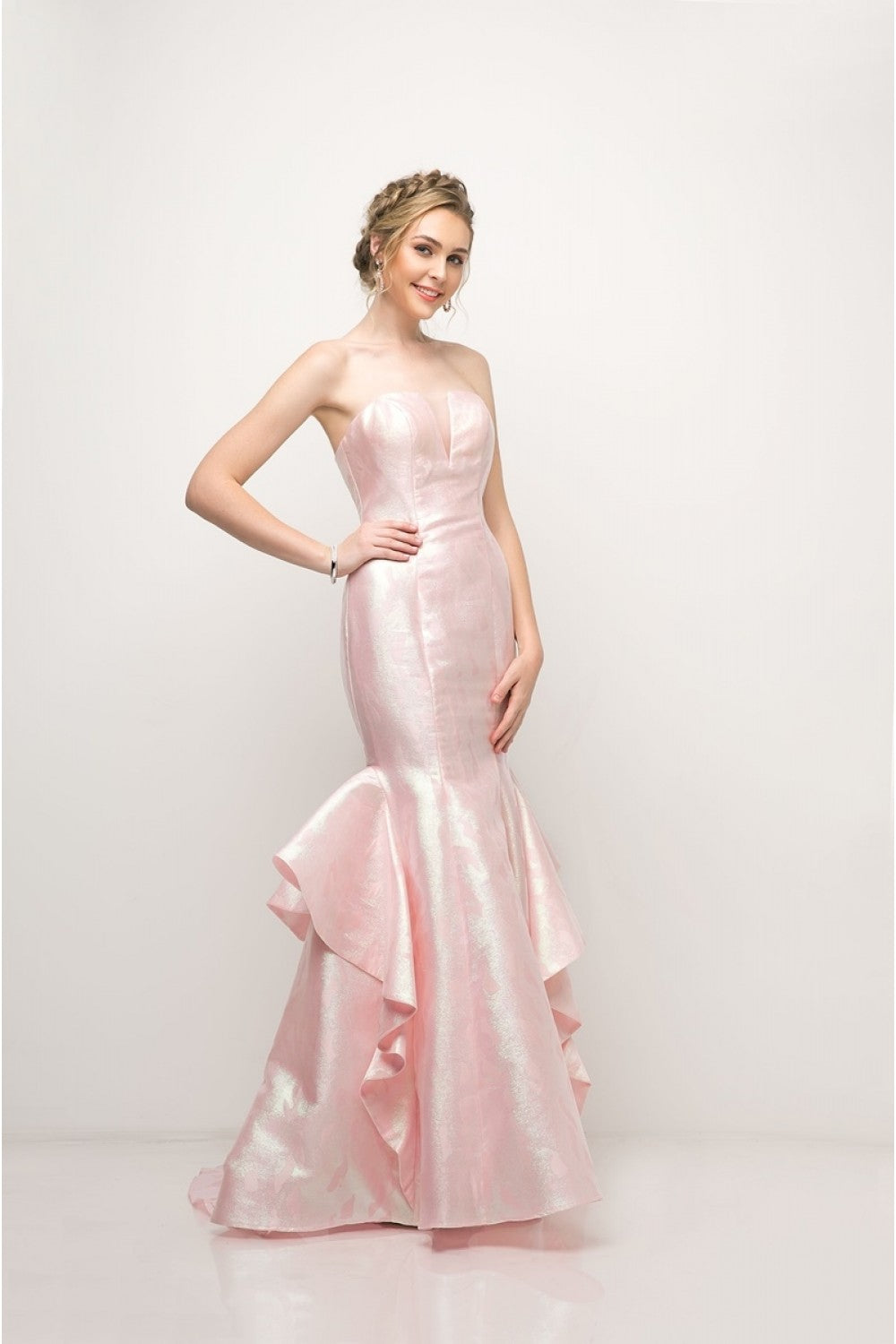 Strapless Jacquard Layered Mermaid Gown With V-Neckline And Train