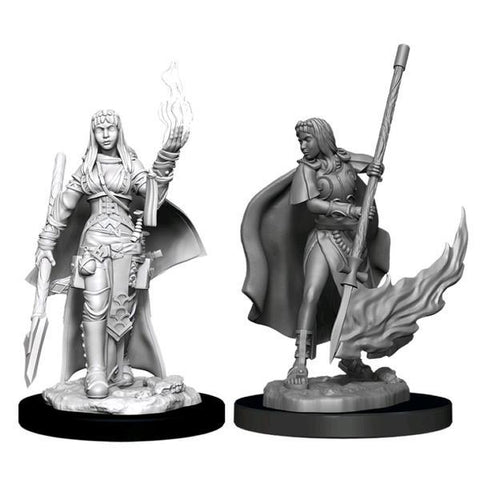 Pathfinder - Deep Cuts Unpainted Miniatures: Female Human Oracle (Magic)