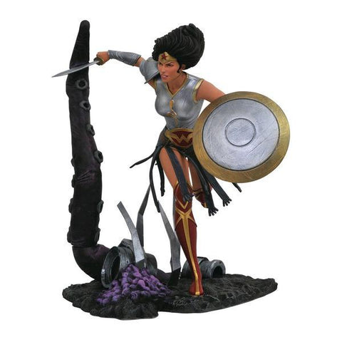 Wonder Woman - Dark Knights Metal PVC Statue