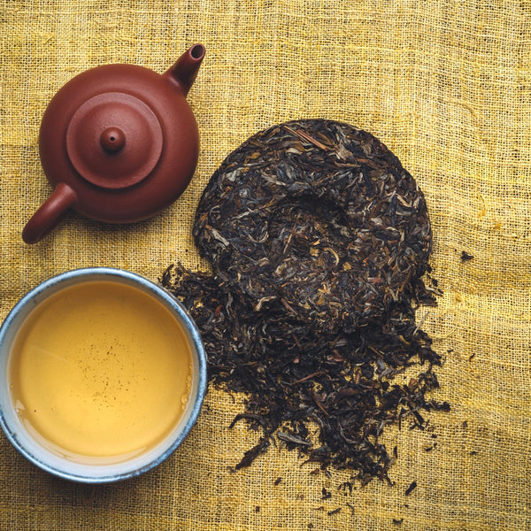 100g tea cake  - 2019 first grade raw (Sheng) pu-erh teacake from Jingmai. Hand-picked during Springtime in Jingmai this tea is among the most famous in Yunnan, China. Traditionally withered, cooked, hand-rolled, sun-dried and stone-pressed. Flavour profile: Honey, orchid