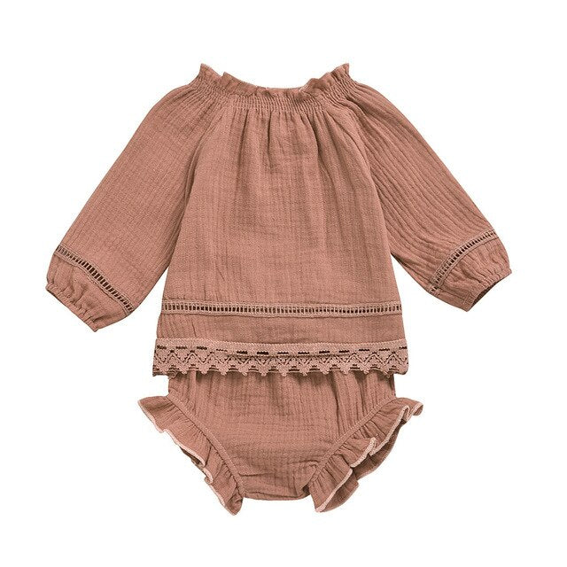 Indie outfit in dusty rose