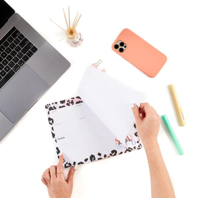 Colorful Leopard Weekly Note Pad Mouse Pad
