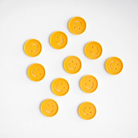 Smiley Cutout Medium Disc Set - Golden Yellow