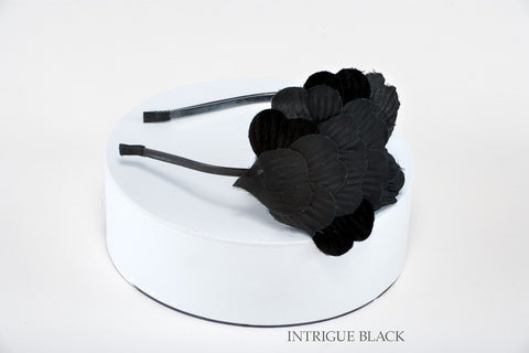 Intrigue Black