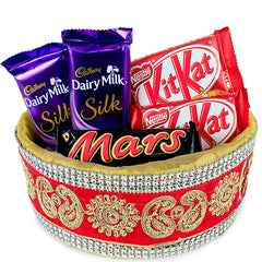 best chocolate hampers by Hallmark India