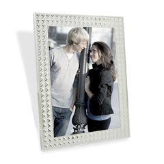 couple frame by Hallmark India