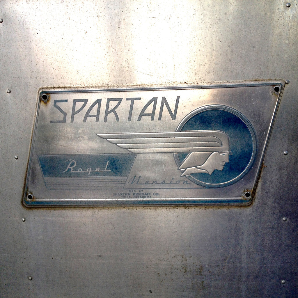 spartan royal manor sou'wester