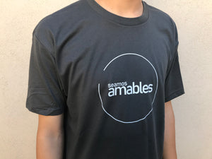 Seamos Amables Tee