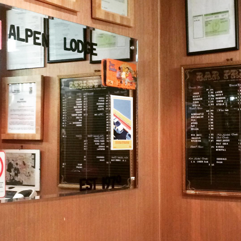 bar,pub,glasgow,cafe,gie it laldy,establishments,glasgow gift shop, the alpen lodge