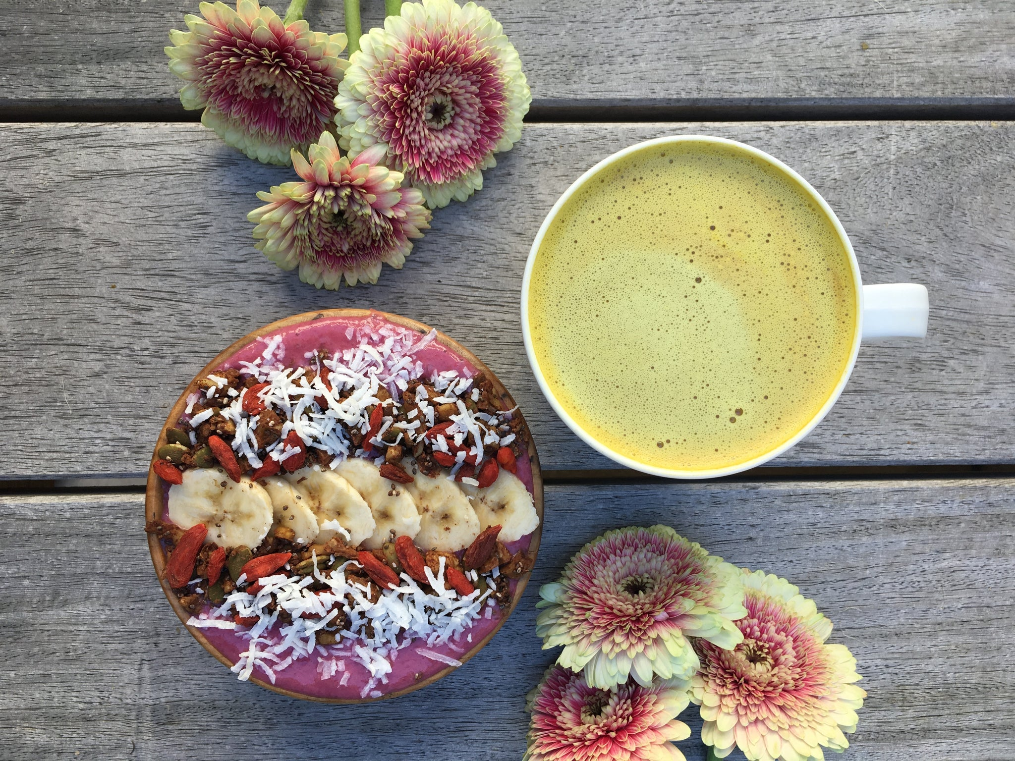 Smoothie bowl on a table