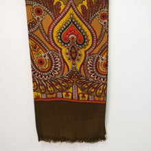 Load image into Gallery viewer, Fabulous vintage 1960s scarf