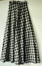 Load image into Gallery viewer, Groovy glittery very long 1960s/70s skirt S