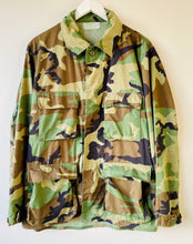 Load image into Gallery viewer, US army camouflage shirt M/L