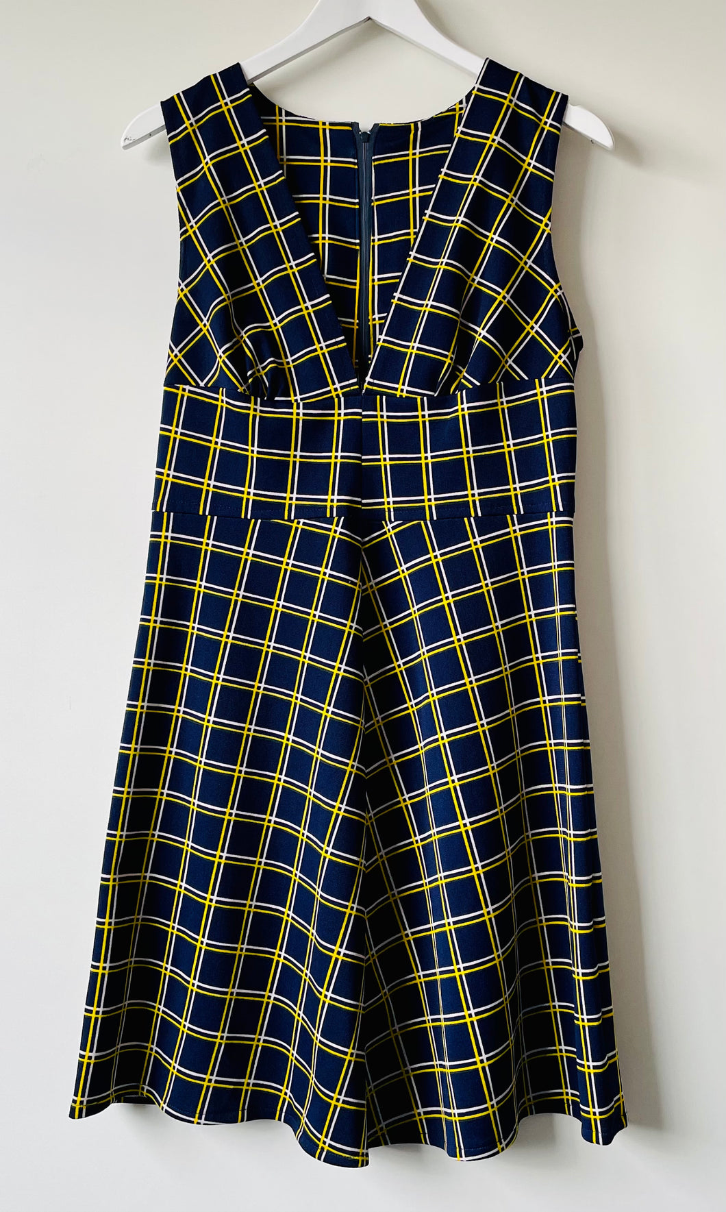 Sleeveless short 1970s blue and yellow check dress S/M