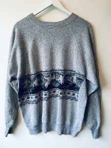 Grey ski pattern sweatshirt L/XL