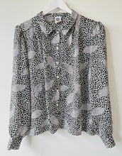 Load image into Gallery viewer, 1989s black and white blouse M/L