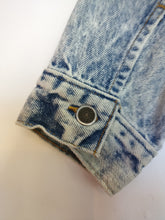 Load image into Gallery viewer, Levi marble/acid wash 1980s jacket