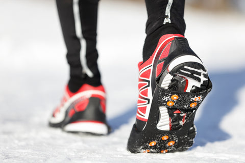 running shoes with traction for winter exercise