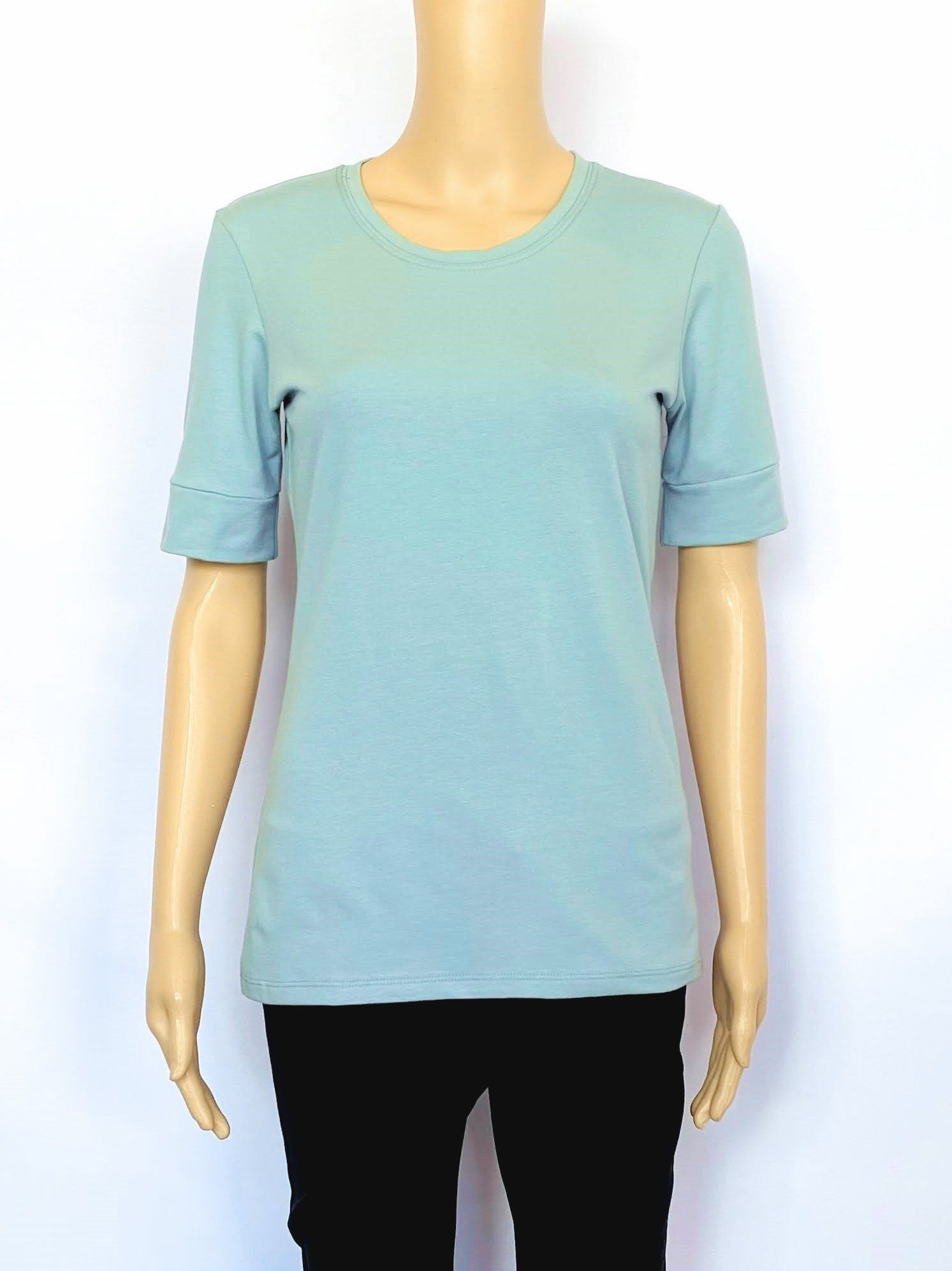 Scoop Neck 1/2 Sleeve