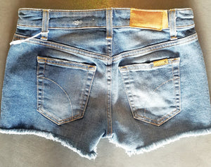 JOE'S MEDIUM WASH CUTOFF SHORTS - decadenceboutique - 1