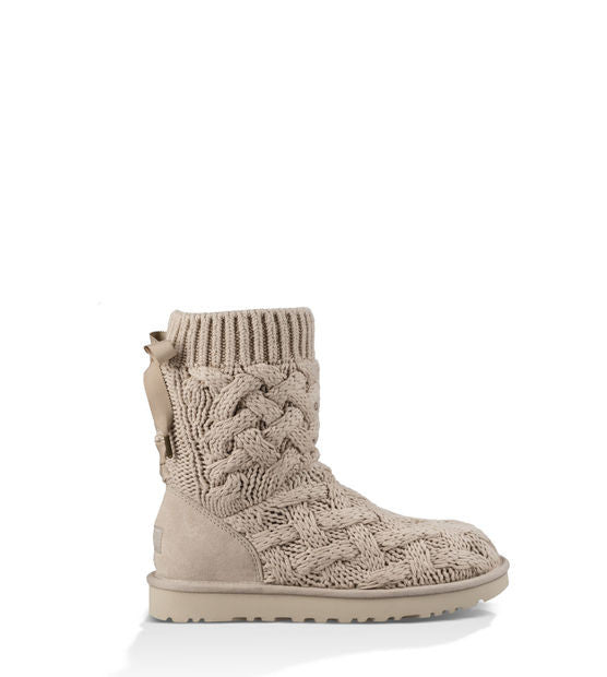 UGG ISLA SHORT BOOTS IN CREAM - decadenceboutique - 1