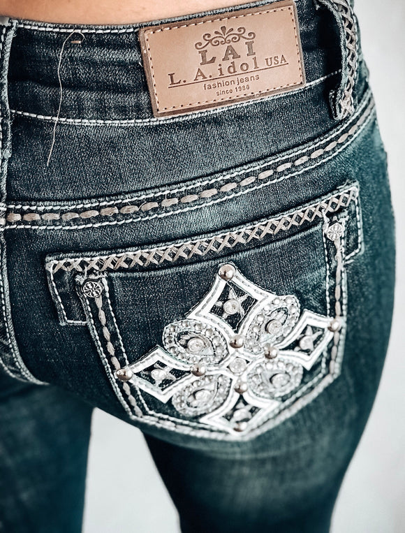 L.A. IDOL RENDEZVOUS BOOTCUT JEANS