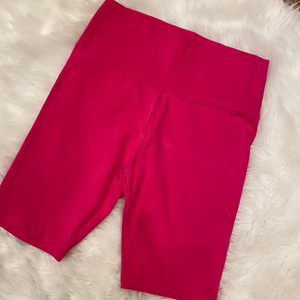 Chasing the Day Biker shorts Hot Pink