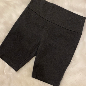 Chasing the Day Biker short Charcoal