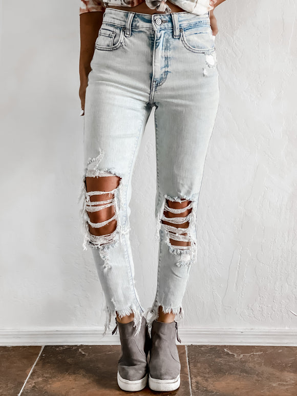 TOPANGA HIGH RISE DISTRESSED SUPER SKINNY