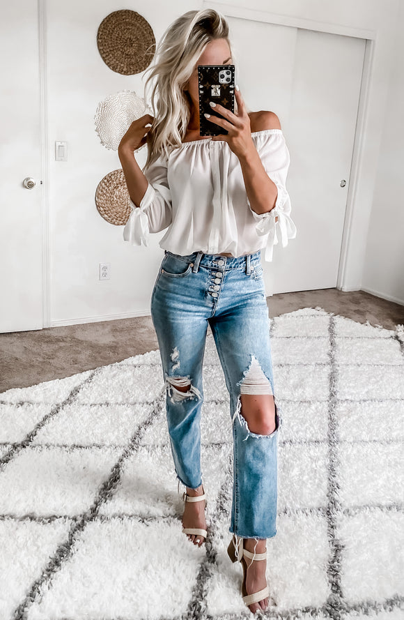 SUNKISSED SUMMER TOP IN WHITE