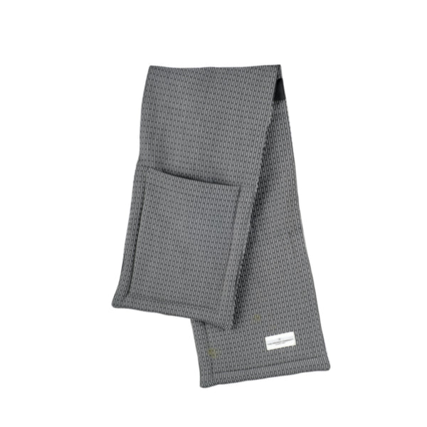 Oven gloves in Evening Grey by The Organic Company