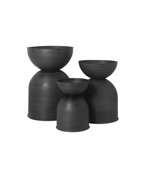 Hourglass Plant Pot Large in Black/Charcoal by ferm Living