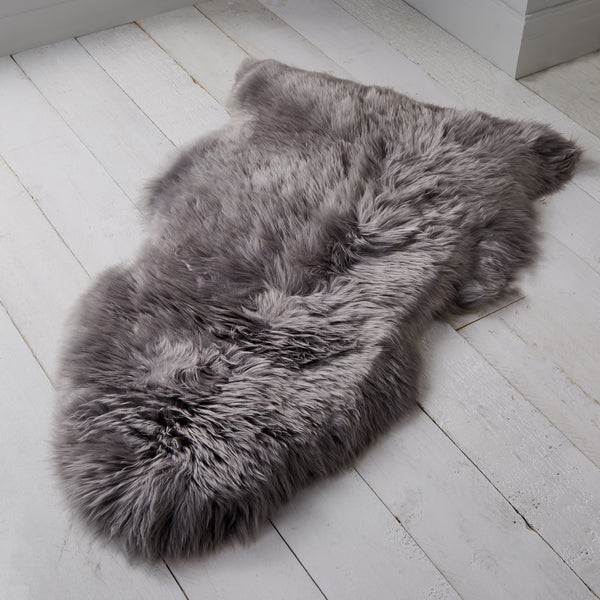 Sheepskin rug in Grey