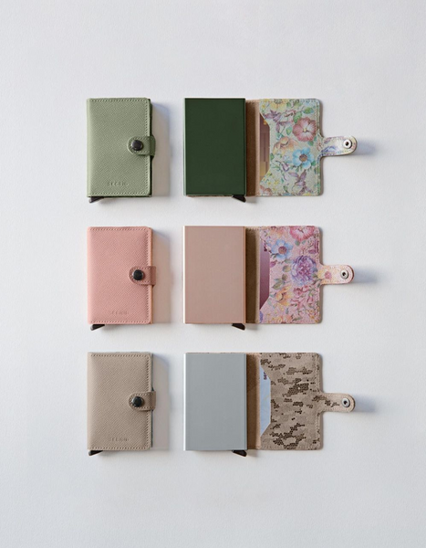 Miniwallet in Crisple Pistachio Leather with Floral inner by Secrid Wallets