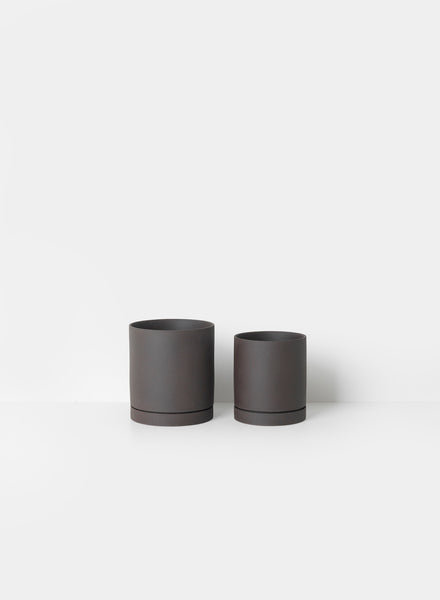 Sekki Plant Pot Charcoal Large by ferm Living