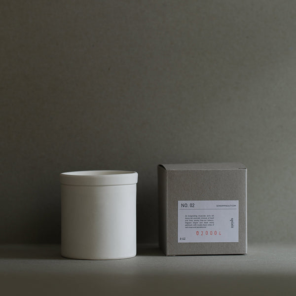 Soy candle Spirit in white by SENSORY FACULTY