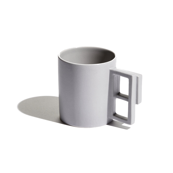 Light grey Alfred mug by Aandersson