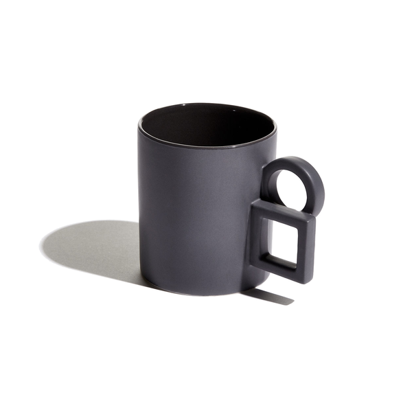 Dark grey Alwin mug by Aandersson