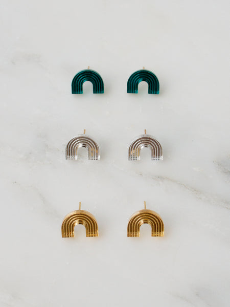 Curve stud earrings gold/silver by Wolf & Moon