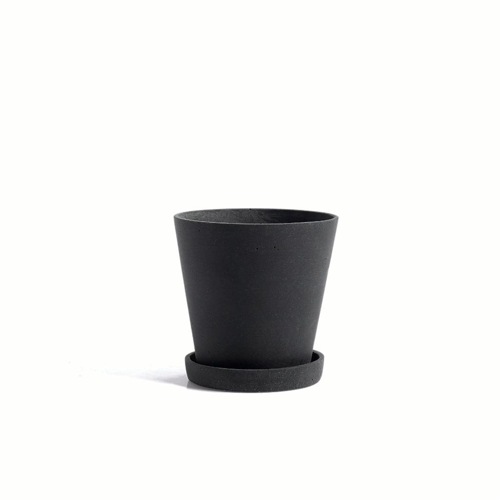 Flowerpot with saucer - MEDIUM - black plant pot - polystone by HAY