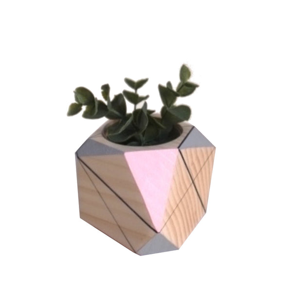 Image of single medium planter by Polymorphics