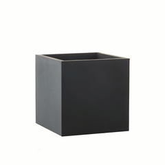 Square planter medium - black by SEJ Design