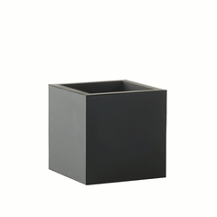 Square planter small - black by SEJ Design