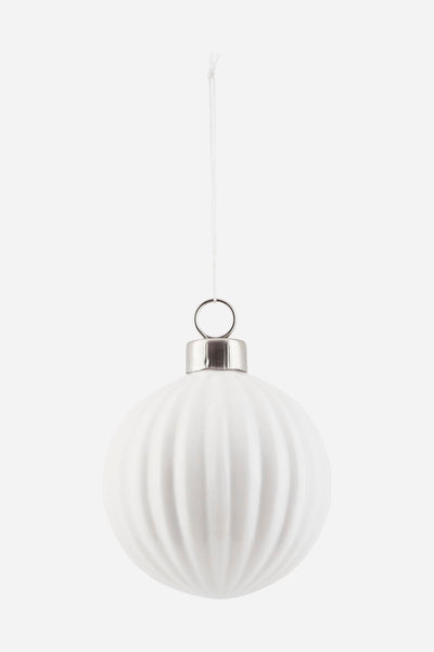 Bauble, white, pleated by House Doctor