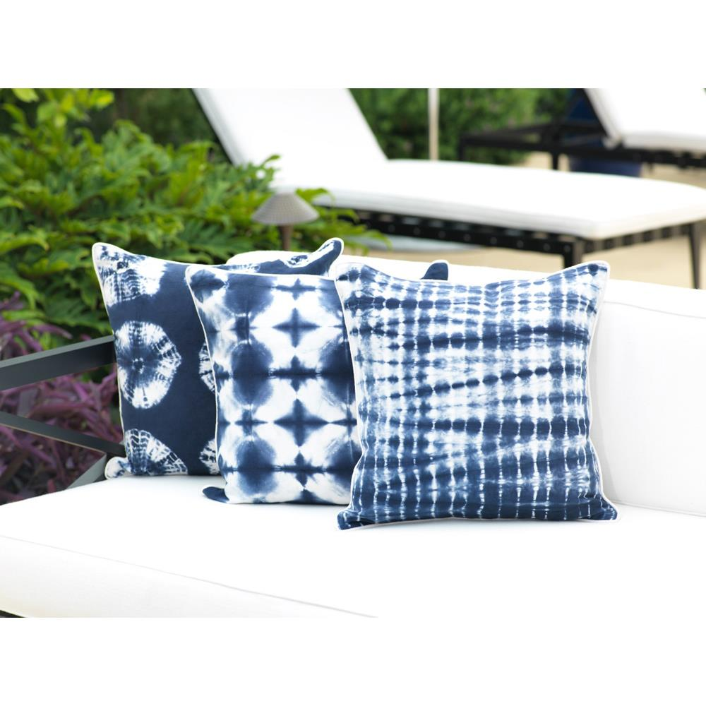 Zodax 18 X 18 Del Mar Blue Cotton Throw Pillow
