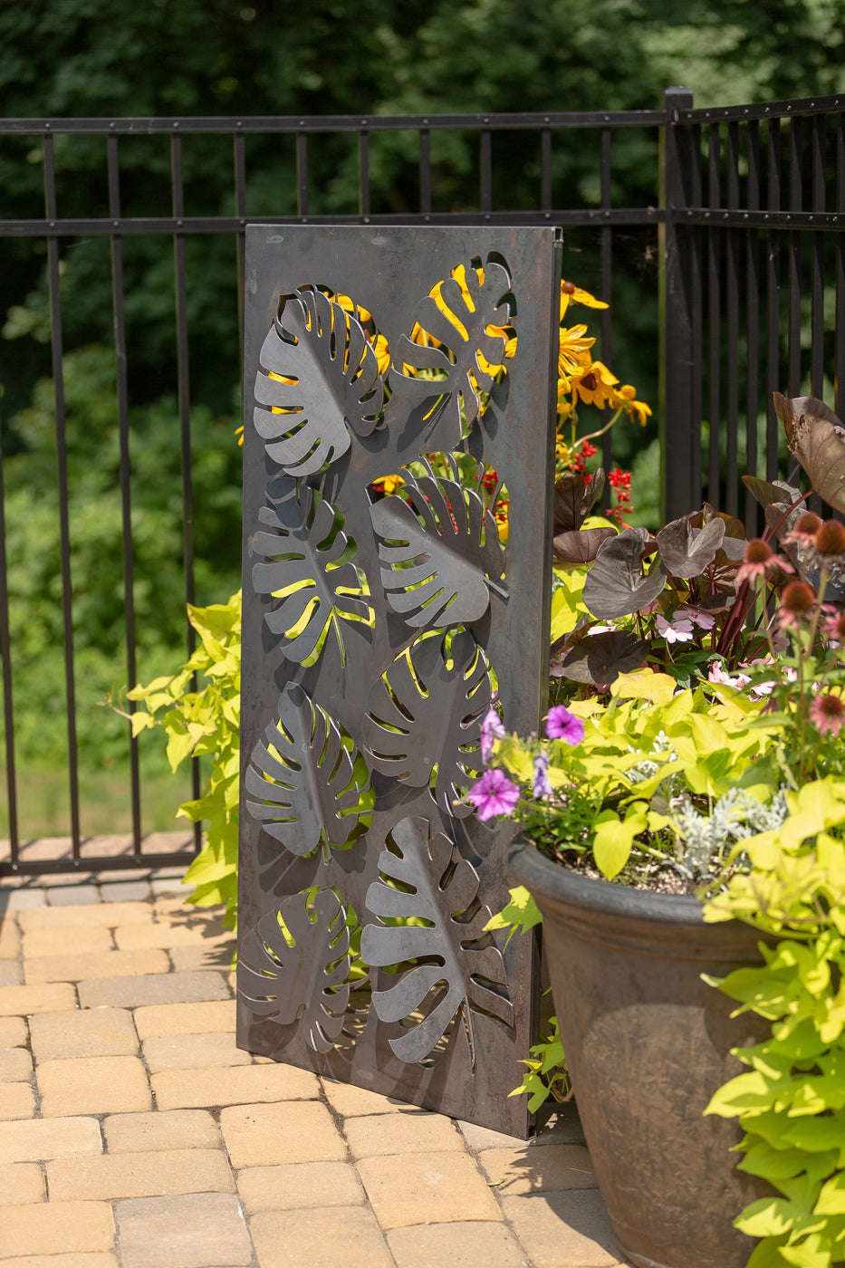 Napa East Tropical Leaves Landscape Art Screen Modish Store There aren't many places in the united states where tropical climate conditions are common: https www modishstore com products napa east tropical leaves landscape art screen